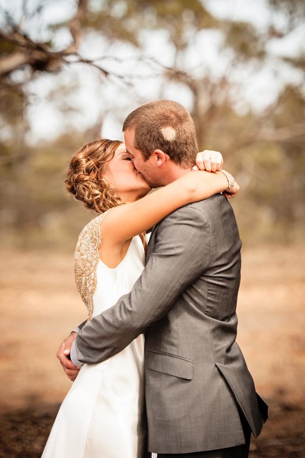 Carissa_Lachlan_Bush-Wedding_003