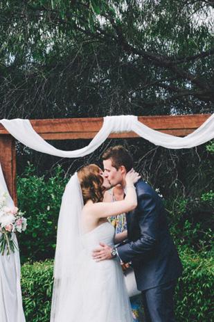 Emma_Sam_Vintage-Wedding_309_060a