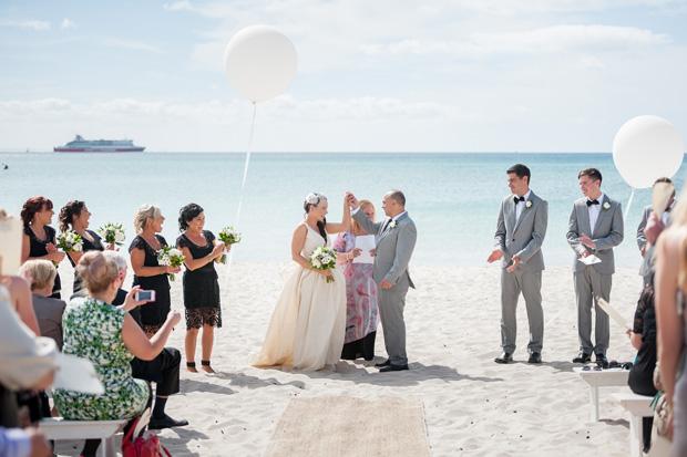 Emma_Joe_Beach-Wedding_025