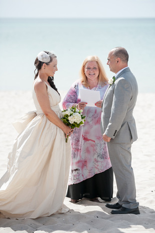 Emma_Joe_Beach-Wedding_309_012