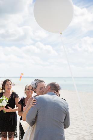 Emma_Joe_Beach-Wedding_309_014