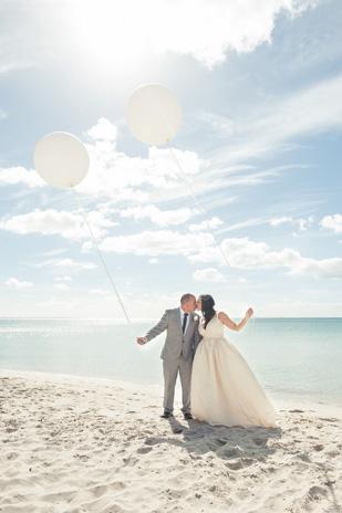 Emma_Joe_Beach-Wedding_309_024