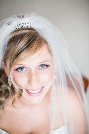 Rebecca_Ashley_Budget-Wedding_309_153