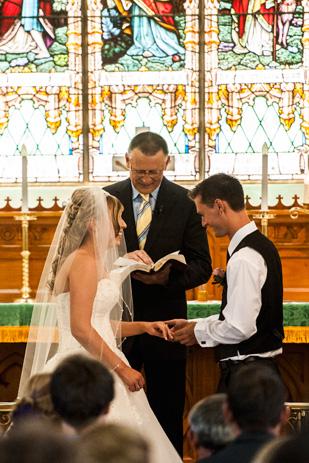 Rebecca_Ashley_Budget-Wedding_309_162