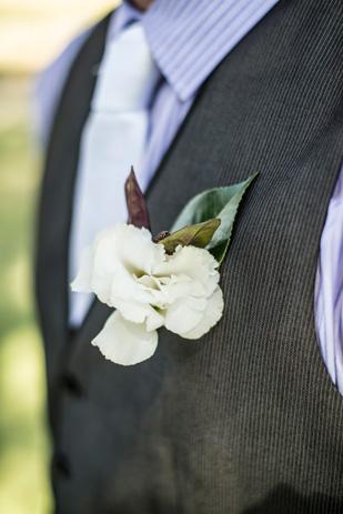 Rebecca_Ashley_Budget-Wedding_309_177