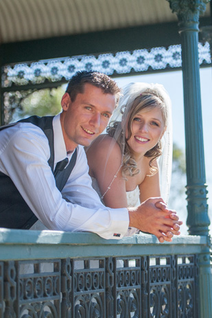 Rebecca_Ashley_Budget-Wedding_309_201