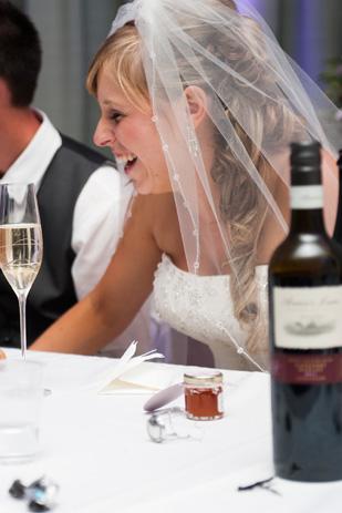 Rebecca_Ashley_Budget-Wedding_309_215