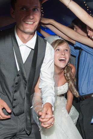 Rebecca_Ashley_Budget-Wedding_309_221