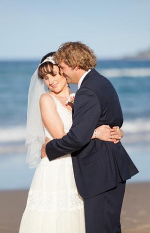 Roslyn_Adam_Vintage-Surf-Wedding_309_022
