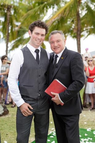 Tenae_Brett_Beach-Wedding_309_011