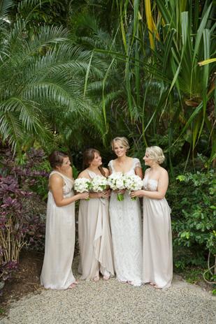 Tenae_Brett_Beach-Wedding_309_013