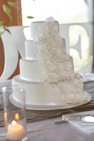 Tenae_Brett_Beach-Wedding_309_048