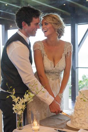 Tenae_Brett_Beach-Wedding_309_059