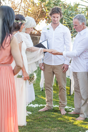 Val_Jake_Boho-Beach-Wedding_309_010a