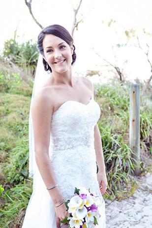 Zoe_Kimi_Beach-Wedding_309_016