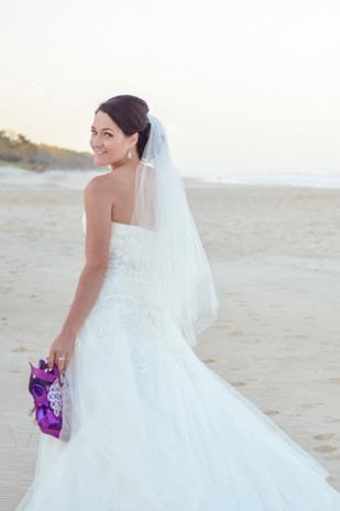 Zoe_Kimi_Beach-Wedding_309_020