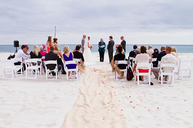 Charlotte_Ben_Beach-Wedding_010