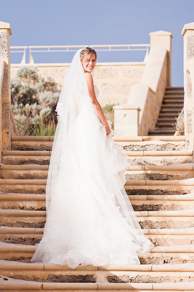 Charlotte_Ben_Beach-Wedding_019
