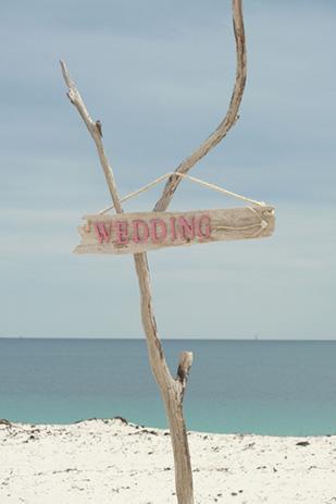 Charlotte_Ben_Beach-Wedding_309_005