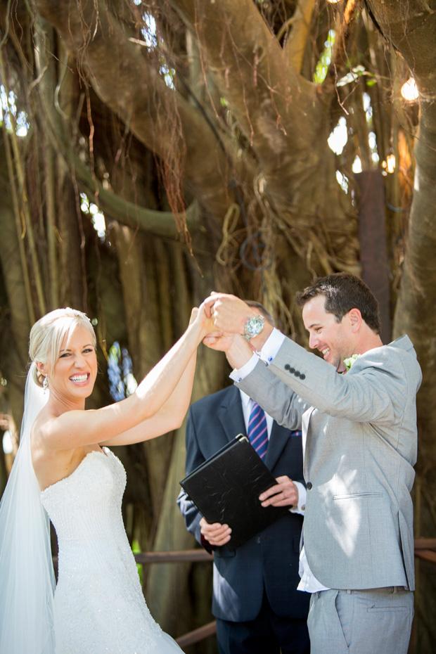 Kate_Rowan_Vintage-Beach-Wedding_029