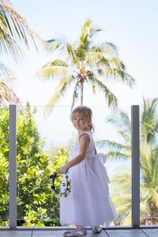 Kate_Rowan_Vintage-Beach-Wedding_309_010