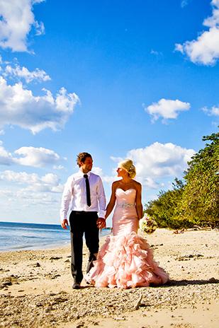 Lauren_Adam_Beach-Wedding_309_048