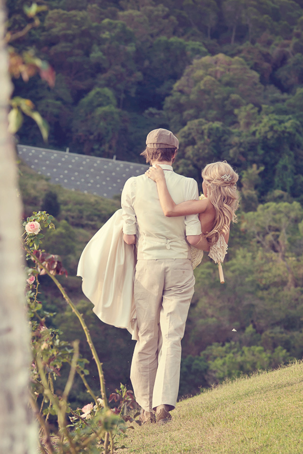 Meika_Ryan_Vintage-Wedding_033