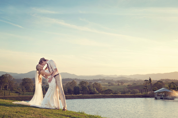 Meika_Ryan_Vintage-Wedding_042