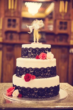 Meika_Ryan_Vintage-Wedding_309_044