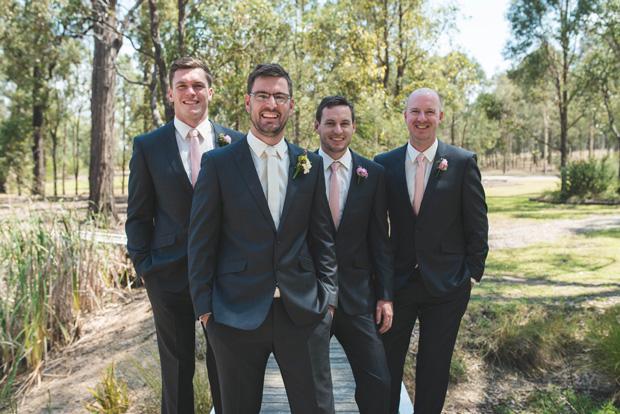 Hayley_Brad_Vineyard-Wedding_010