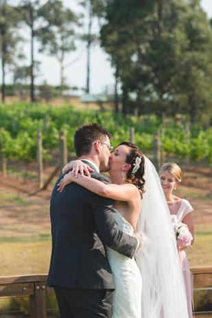 Hayley_Brad_Vineyard-Wedding_309_022