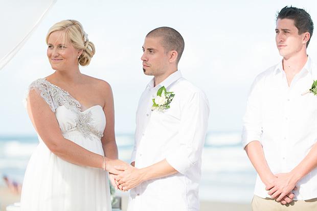 Kayley_Howard_Beach-Wedding_019