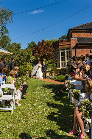 Stephanie_Sean_Garden-Wedding_309_017