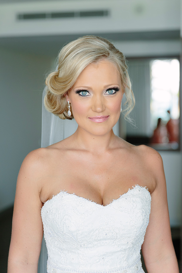 Amelia_Clint_Vintage-Wedding_014