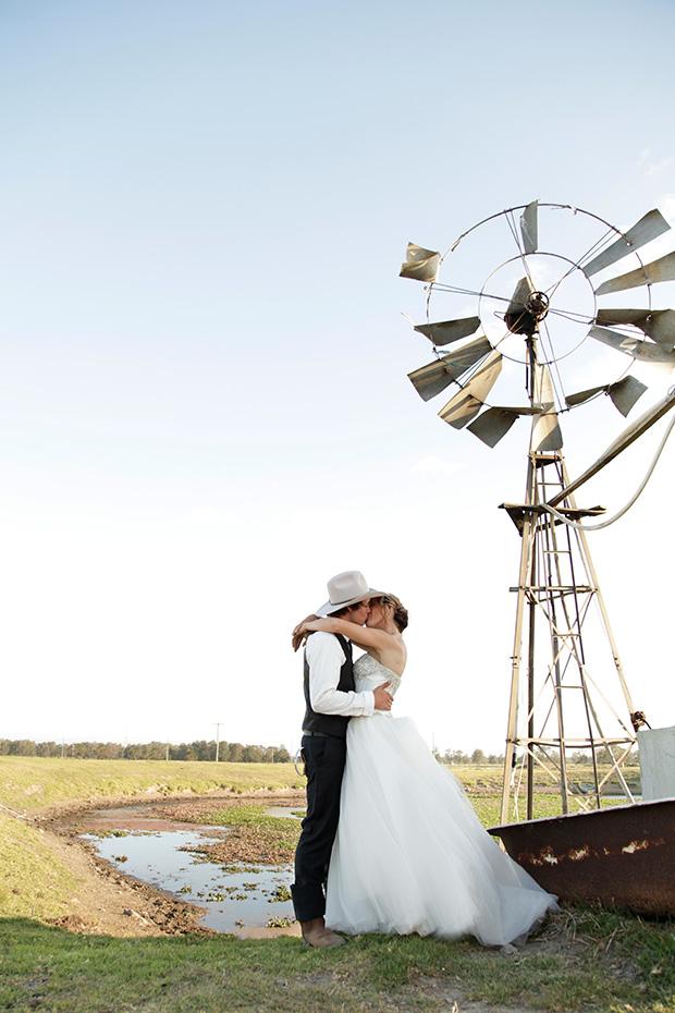 Emily_Luke_Country-Wedding_019
