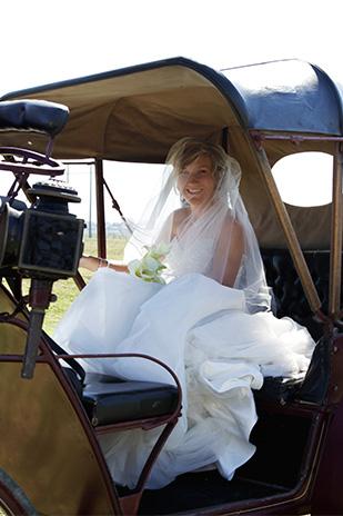 Emily_Luke_Country-Wedding_309_004