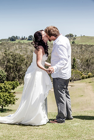 Melanie_Mitchell_Golf-Course-Wedding_309_015