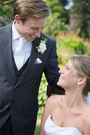 Rebecca_Andrew_Garden-Wedding_309_008
