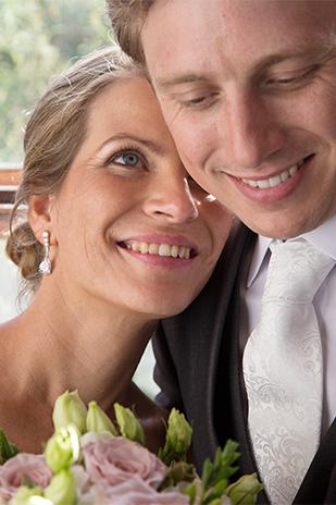 Rebecca_Andrew_Garden-Wedding_309_020