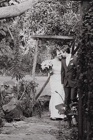 Rebecca_Andrew_Garden-Wedding_309_024