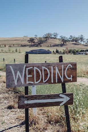 Tiffany_Tim_Rustic-Wedding_309_009