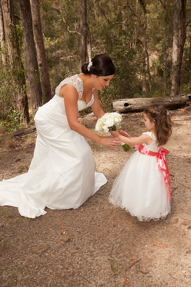 Anna_James_Lakeside-Wedding_011