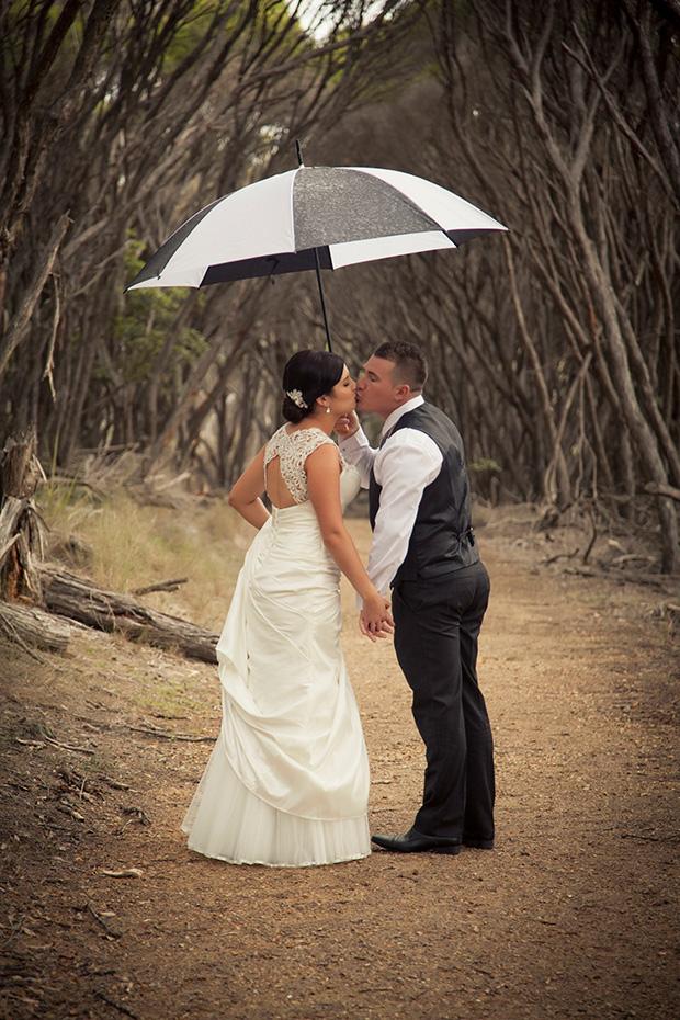 Anna_James_Lakeside-Wedding_028