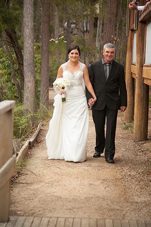 Anna_James_Lakeside-Wedding_309_017