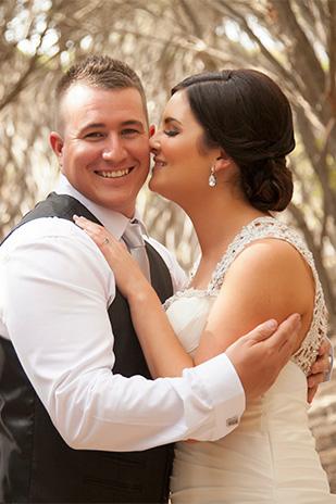 Anna_James_Lakeside-Wedding_309_025