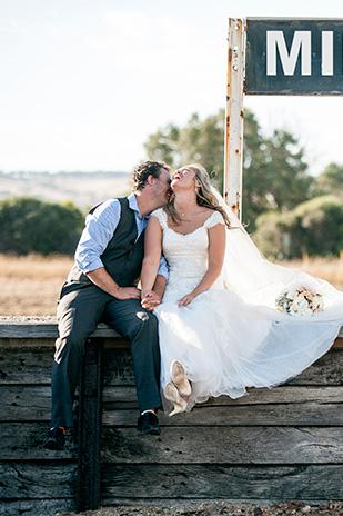 Nicki_Matt_Rustic-Wedding_309_049