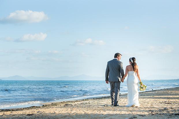 Sara_Alan_Beach-Wedding_018
